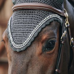 Bonnet anti-mouches cheval Soundless Stone Kentucky - Le Paturon