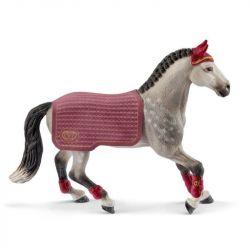 Jument Trakenhen concours équestre horse club Schleich - Le Paturon