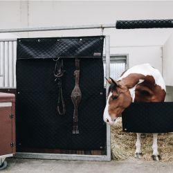 Tenture de box Kentucky noir - Le Paturon