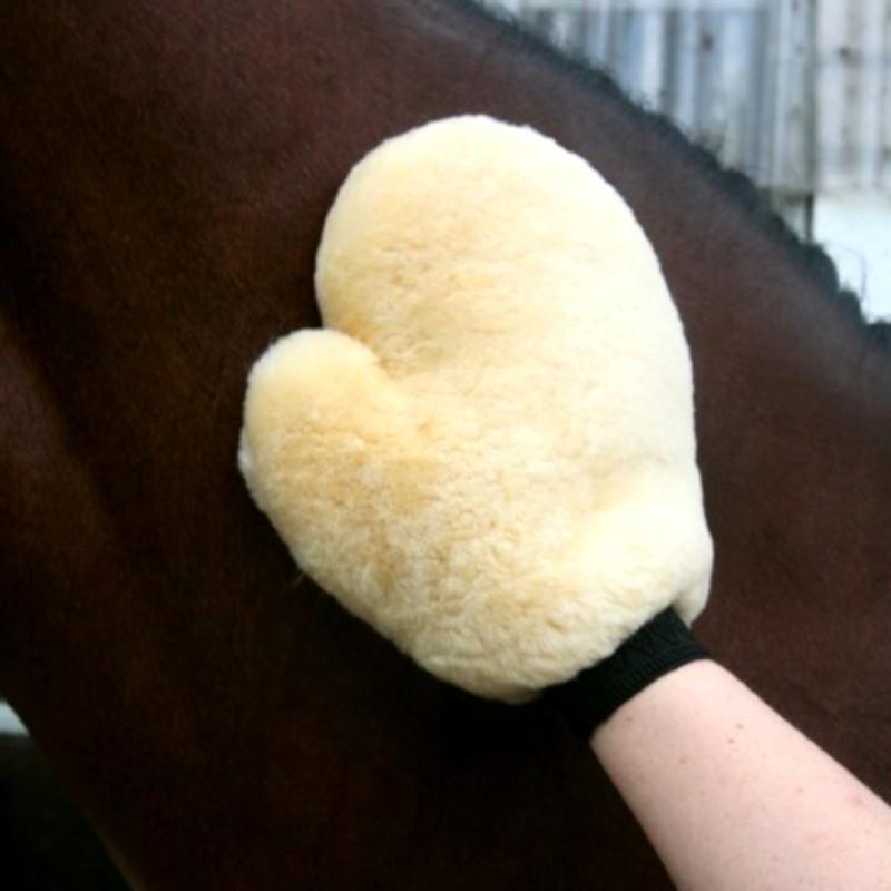 1 Gant de pansage cheval, Gant de pansage mouton véritable, Le Paturon - Waldhausen
