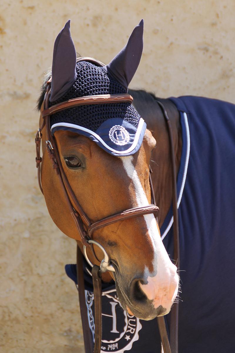 Le bonnet Capitaine Rider Harcour l'élégance et la protection anti-mouches - Le Paturon